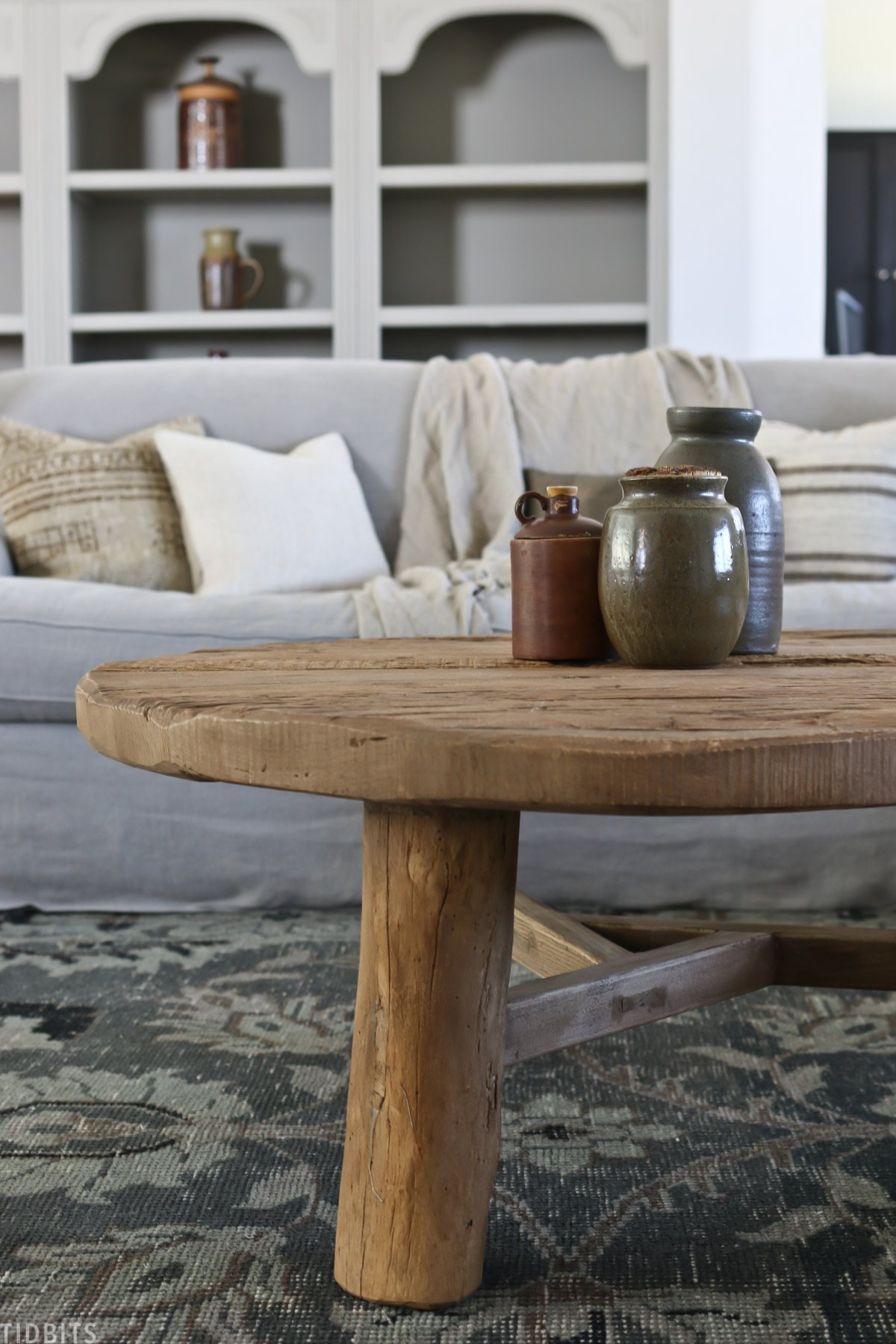 How To Style A Round Coffee Table 3 Ideas Tidbits