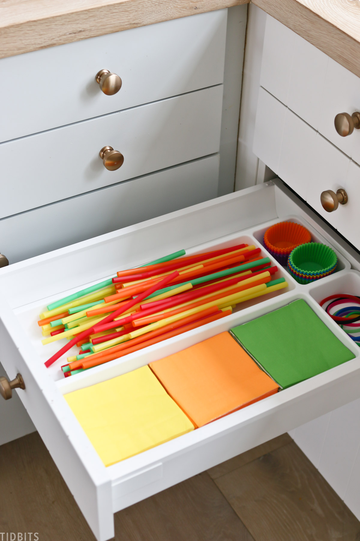 colorful straws and napkins for school lunches