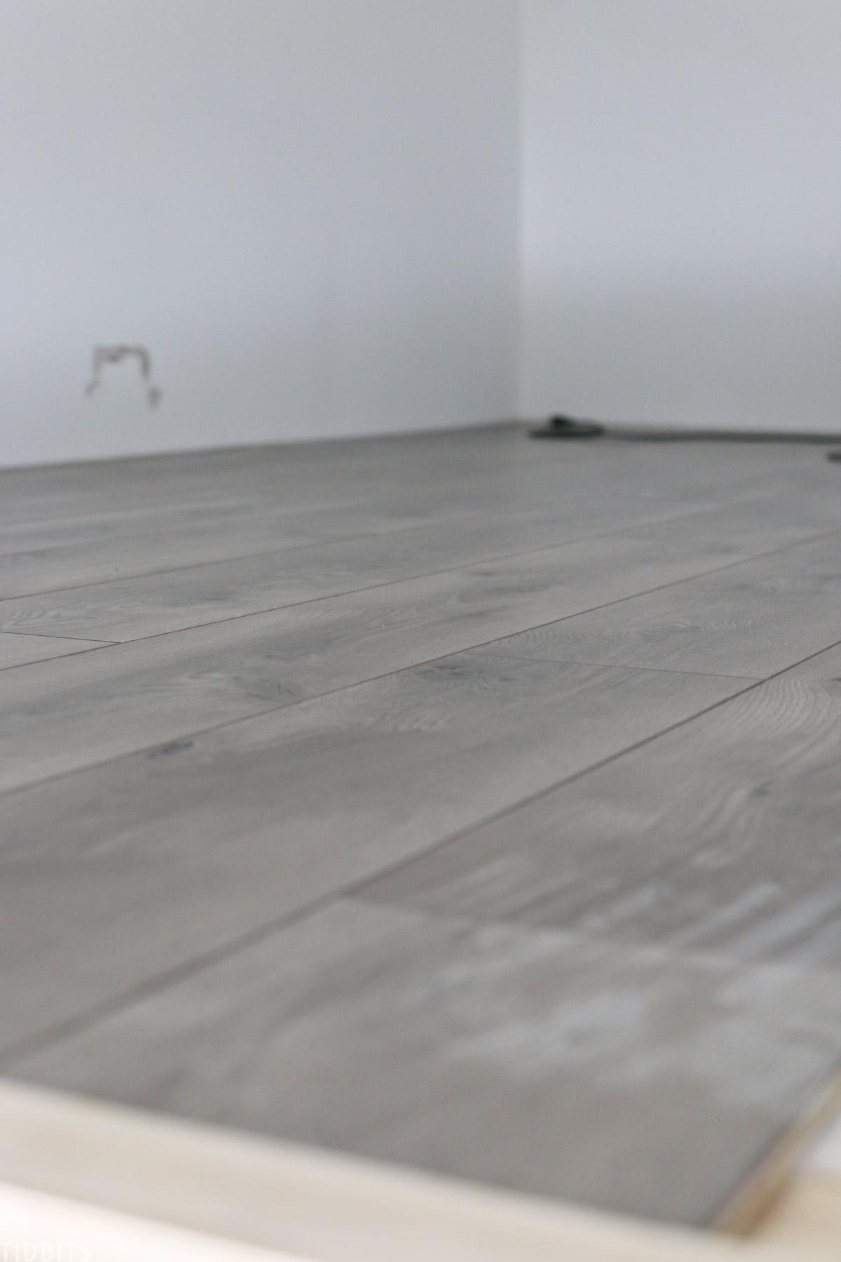 hardwood floor install in play loft in kids' bedroom