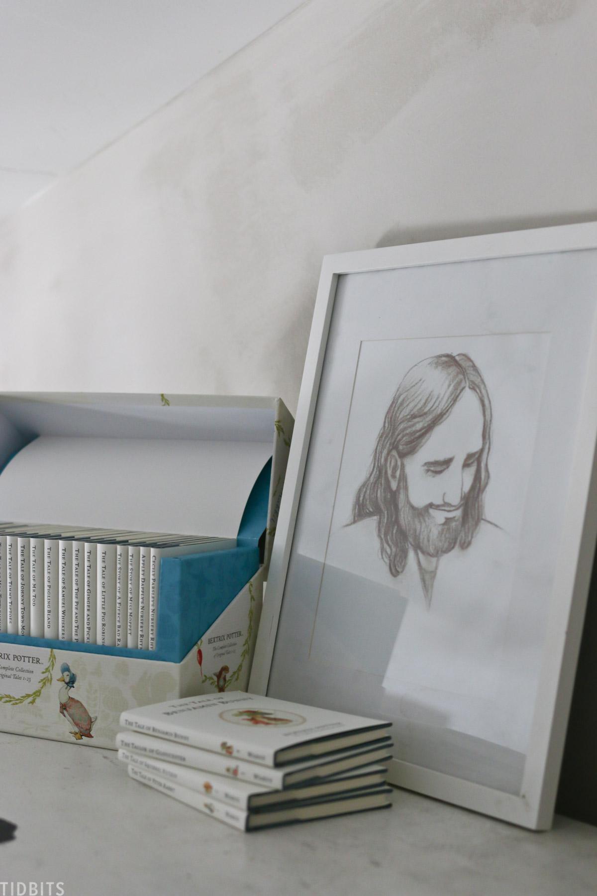 sketched portrait of Jesus Christ